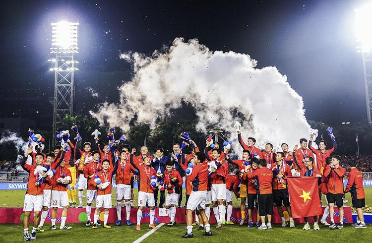 Bóng đá Việt Nam giành HCV sau 6 thập kỷ mong đợi